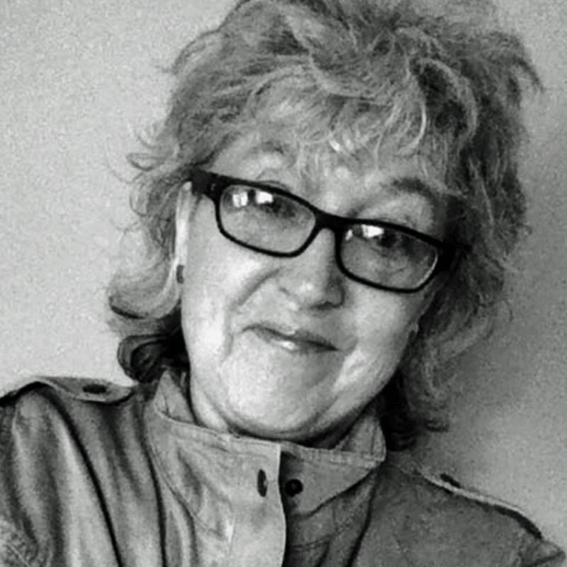 Laura Tringali Holmes